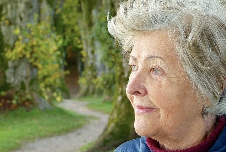 mature woman with short grey heair